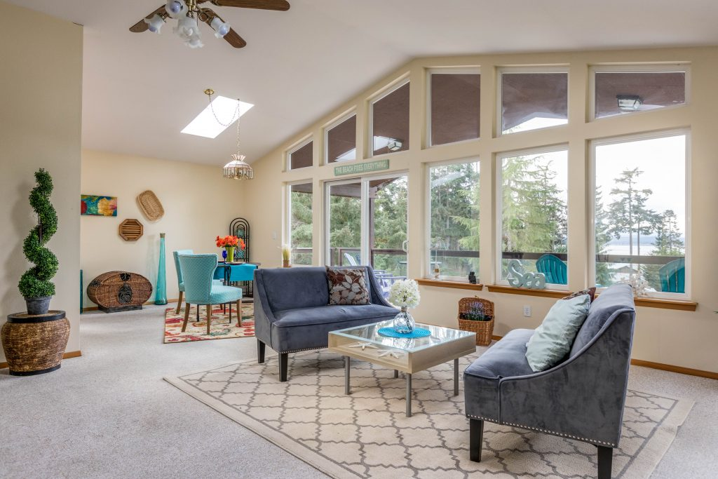 Stage, Staging, decorated, inviting, rebecca, realtor, sell, home, windows, light, sitting area